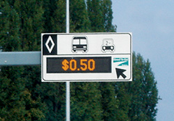 (Land use) Vanguard® VX-2428 & VX-2420 Dynamic Message Signs